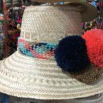 Sombreros wayuu borlas Negras y Naranjas
