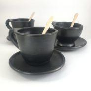 Te Para Tres en Ceramica Negra