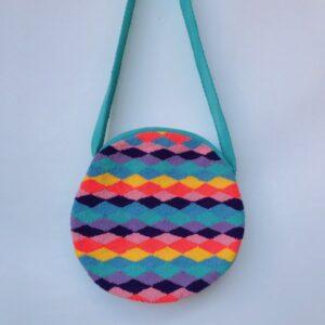 Bolsos wayuu tapizados colores